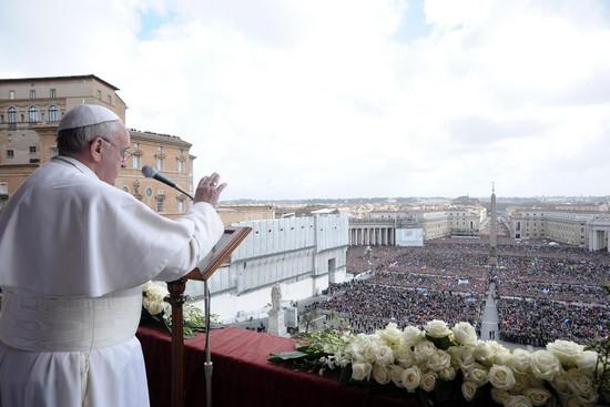 Pasqua 2013 da piazza san pietro c 39 speranza per te - Le finestre sul vaticano ...