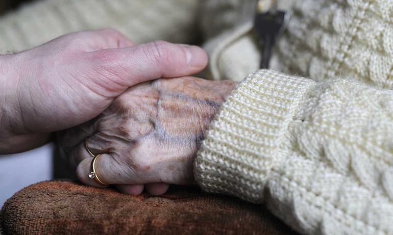 Baia e latina una casa per anziani e un convegno sulla - Una casa da amare ...