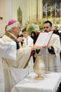 vescovo-valentino-messa-crismale-2016-6